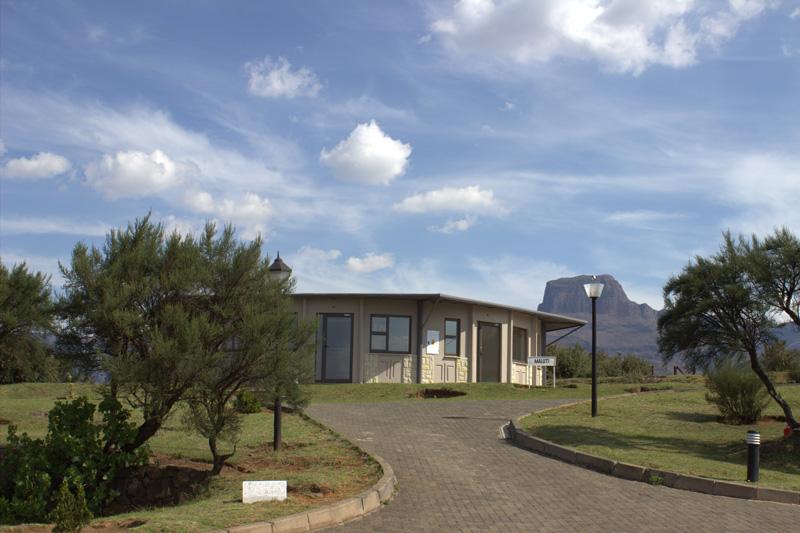 bungalow_exterior