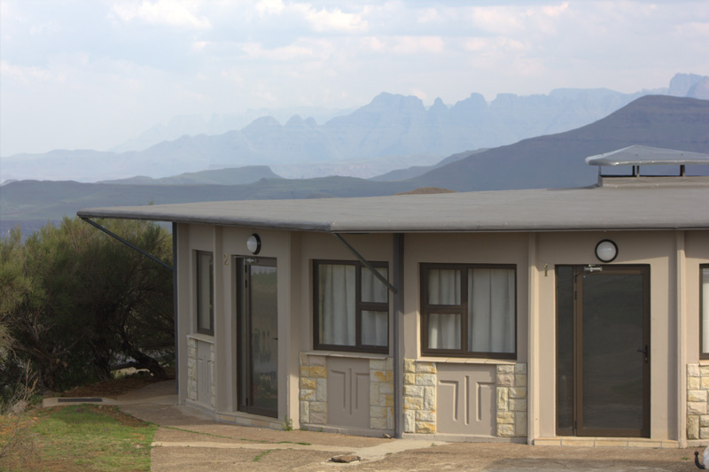 bungalow_exterior2