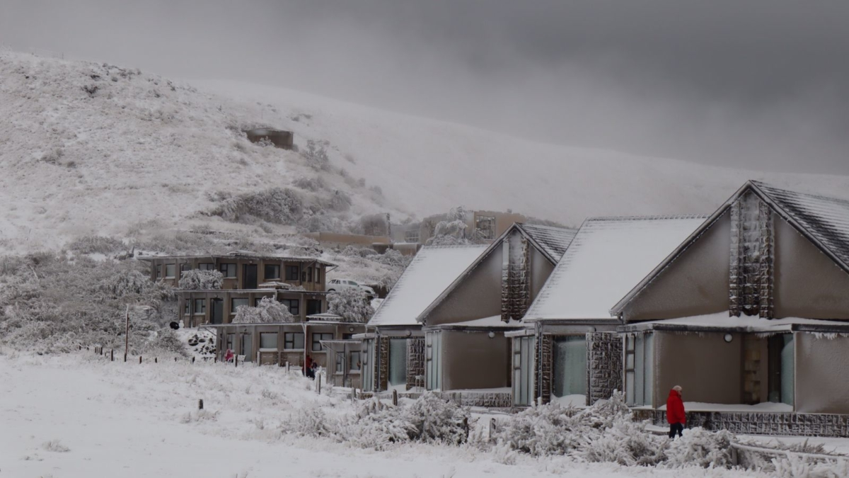Snow at Witsieshoek in the Drankensberg